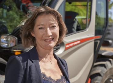 Nomination d'Elisabeth Ausimour au poste de Présidente de la division MHA
